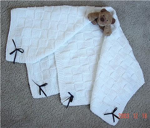 Big Basket Wave Baby Blanket