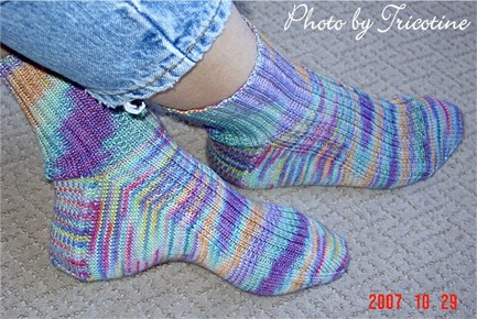 Free Pattern High Insteap Ribbed Socks Tricotine